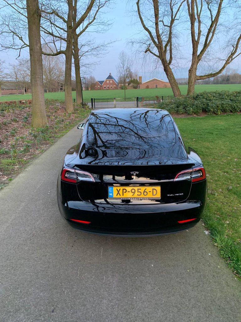 Tesla Renswoude tinten